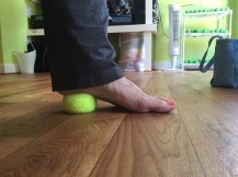 Forefoot on the ground, press into the heel
