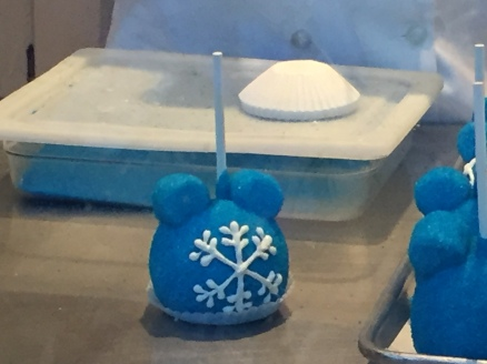 Frozen Snowflake Apples!